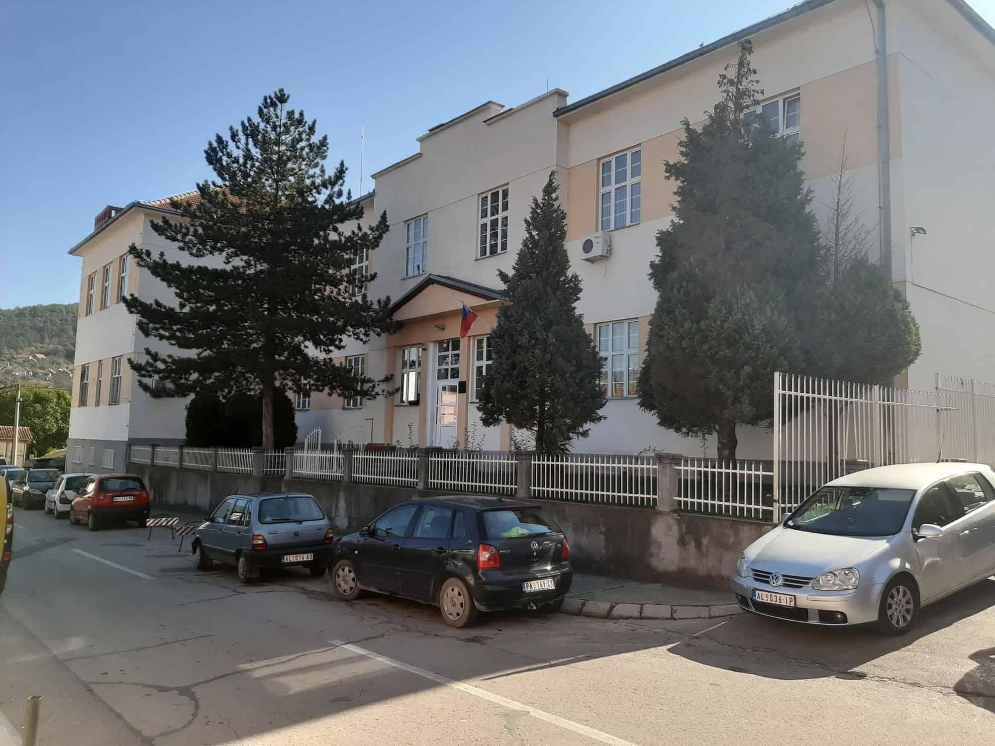 Од 8. до 12. марта све средње школе у Србији на онлајн настави